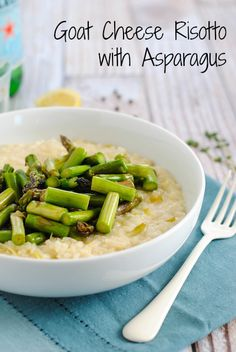 Goat Cheese Risotto with Asparagus - A restaurant-quality dish YOU can make at home. Creamy leek and goat cheese risotto topped with sautéed asparagus. | foxeslovelemons.com