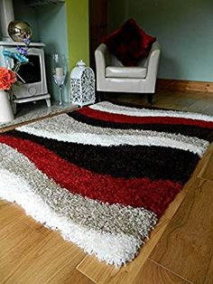 Shaggy rugs are perfect for the kitchen or bath area and it is also easy to make your own rugs provi Rug Hooking Designs, Faux Sheepskin Rug, Latch Hook Rug Kits, Diy Pillow Covers, Pom Pom Rug, Hand Hooked Rugs, Carpet Design, Diy Arts And Crafts, Cool Rugs