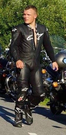 Motorcycle Leather, Biker, Leather Pants, Suits, Fashion, Leather Jogger Pants, Moda, Fashion Styles, Lederhosen
