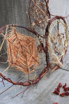 Nature weaving