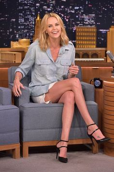 Charlize Theron looking very elegant in the JERRY sandals when she visited Jimmy Fallon at the Tonight Show in New York. #pierrehardy #summer2015