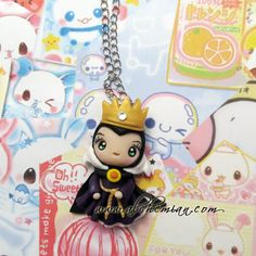 Polymer Clay Chibi Evil Queen from Snow White and the Seven Dwarves Pendant Charm Polymer Clay Disney, Cute Polymer Clay, Cute Clay, Polymer Clay Dolls, Polymer Clay Charms, Polymer Clay Projects, Polymer Clay Creations, Clay Crafts, Fimo Kawaii