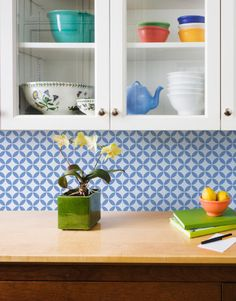Moroccan Stencils | Endless Moorish Circles | Royal Design Studio - backsplash in Kitchen - grey?