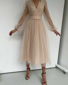 Fashion Tips Outfits .Fashion Tips Outfits Classy Dress, Classy Outfits, Classy Casual, Elegant Dresses Classy, Pretty Dresses, Beautiful Dresses, Simple Dresses, Casual Dresses, Evening Dresses