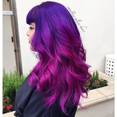 ayy_bea amazing purple to magenta ombre hair color using Pravana !