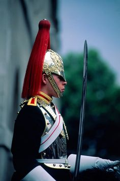 blues and royals whitehall | Blues and Royals Guard Regiment, The Horse Guards, Whitehall, London ...