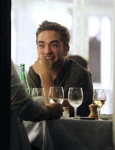Edward Cullen, Robert Pattinson, Future Husband, Bad Boys, Twilight, Mood, Celebrities, Pretty, Baby