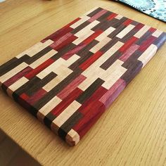 Hand-crafted, cutting board made of black walnut, … End Grain Cutting Board, Diy Cutting Board, Wood Cutting Boards, Woodworking Workshop, Woodworking Projects Diy, Woodworking Plans, Wood Shop Projects, Wooden Chopping Boards, Artisanal
