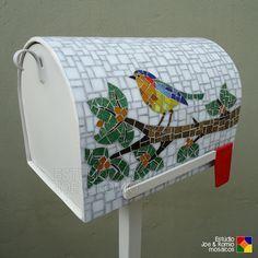 Estúdio Joe & Romio mosaicos: Pássaros em mosaico - Caixa de Correspondências