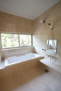 Bath room shower tub ideas design new Ideas Tile Walk In Shower, Tub Shower Combo, Shower Tub, Rainfall Shower, Small Bathroom Storage, Bathroom Styling, Bathroom Interior Design, Dyi Bathroom Remodel, Bathroom Remodeling