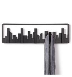Porte manteaux Building New York  http://www.deco-et-saveurs.com/patere-porte-manteau/2646-patere-skyline-noire-umbra-028295395762.html