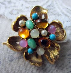 vintage brooch  gold flower design with by TheParisCarousel, $22.00