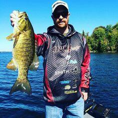 Catch a Legend winner @ChrisHuskilson participated in the Stoney Lake Combo last week. Thanks for sharing your #fishKN pic with us Chris.  #fishing #stoneylake #canada #ontario #smallie #smallmouth #stoneylake #bassfishing #kawarthas #northumberland