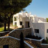 Can Madera is an oasis in Ibiza, set amongst large tranquil gardens with immacul Can Madera is an oa Ferns Garden, Ibiza, Oasis, Gardens, Canning, Mansions, House Styles, Home Decor, Decoration Home