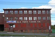 The Old Town Canoe Factory (the original). This building is no more; they tore it down last week.(April 2014)
