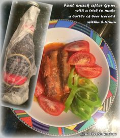 A fast snack, but the beer is warm! So I use a trick!  Wrap the bottle with wet kitchen paper and put it 5-10 min in the freezer. THE FASTEST WAY TO COOL DOWN THE TEMPERATURE! ;) In the picture: filets of Caballas with spicy pepper sauce and vegetables!