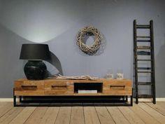 Industrieel tv-meubel Perdano | robuustetafels.nl