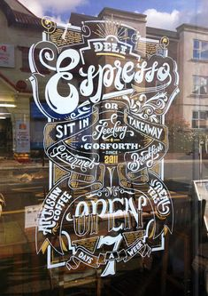 L'art du hand lettering sur les vitrines by Ashley Willerton