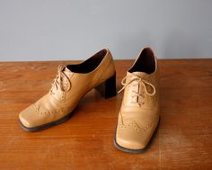 vintage 90s oxford heels 7.5, 8.5 / spectator shoes / beige perforated pumps by GazeboTree on Etsy