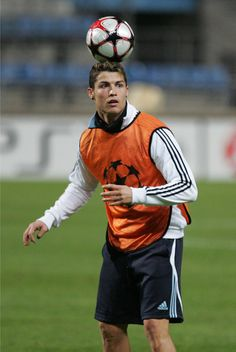 Cristiano Ronaldo - Cristiano Ronaldo Trains with Real Madrid
