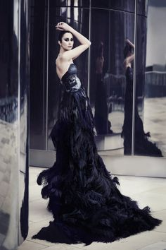 BLACK SWAN by ~sarahlouisejohnson on deviantART Kristian Aadnevik Designer