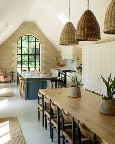 Rustic Home Decor My Favorite Pins of the Week - Devol Kitchens.Rustic Home Decor My Favorite Pins of the Week - Devol Kitchens Home Design, Küchen Design, Interior Design, Design Ideas, Bag Design, Bespoke Kitchens, Luxury Kitchens, Home Kitchens, Country Kitchens