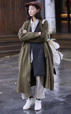 適合REEBOK 極簡復古白鞋、復古球鞋、想要有點古著元素、文青復古、超多層次、麂皮拼接小偷帽、香港設計師後背包、背心洋裝、羊毛開衫式外套、高腰燈心絨八分褲、復古白鞋、CA4LA、I'M PETER PETER、ONCE UPON A TIME、SOULSIS、SOMETHIN' SWEET、REEBOK的穿搭