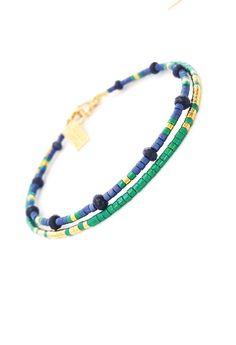 Petit Bracelet délicat, superposition de perles Bracelet en perles de rocaille BRACELET PETITE OMBRE Cette liste est pour O N E perles gold filled Bracelet. Bracelet est fait d'un en perles Miyuki Delica, fini avec un or fermoirs rempli. Rempli d'or est le prochain niveau et est une