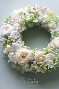 ローズと紫陽花のロマンティックシェルリース Shell and Pearl rose Wreath