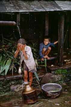 Nepal. // Photography: Steve McCurry