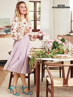 Lauren Conrad wearing Disney's Snow White a Collection by Lc Lauren Conrad Floral Peasant Top, Via Spiga Tiara Dress Sandal and Morning Lavender Camille Pleated Midi Skirt Lauren Conrad Style, Lauren Conrad Kohls, Diva Fashion, 90210 Fashion, Fashion Ideas, Good Housekeeping, Trends, Pleated Midi Skirt, Peasant Tops