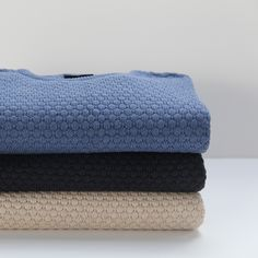 Acrisio Pullover #pullover #sweater #knitwear #sand #darkblue #lightblue #blue #warm #newarrivals #FW15 #Fall #Winter #kleding #herenkleding #menswear #CavallaroNapoli #shop #fashion #Italiaansekleding #Italy