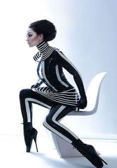 whoa awesome....not pret-a-porter but futuristic & cool!