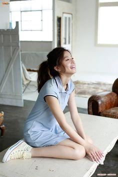 十分解渴的美女朝比奈彩(11)