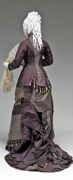 Belle Époque Gothic Fashion, Vintage Fashion, Lavender Gown, Old Fashion Dresses, Gilded Age, Historical Clothing, First World, Victorian, Gowns