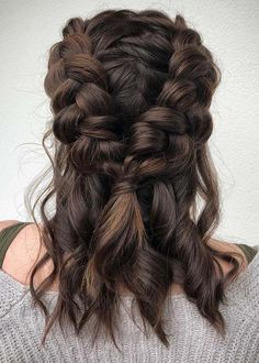35 Chic Bohemian Hairstyle For Blonde Hair You Must Try This Summer – hair trends Summer bohemian hairstyles; Bohemian Hairstyles, Box Braids Hairstyles, Cool Hairstyles, Hairstyle Ideas, Office Hairstyles, Hairstyles 2018, Wedding Hairstyles, Bohemian Short Hair, Summer Hairstyles For Medium Hair