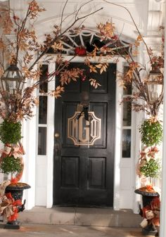 Nell Hill's Fall monogram door