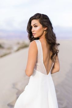 She is glowing so effortlessly: http://www.stylemepretty.com/california-weddings/2017/02/10/looking-for-the-perfect-bridal-session-spot-the-desert-is-it/ Photography: Alex W - https://www.alexwphotography.com/