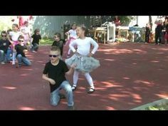 Pomáda v MŠ (Grease) - YouTube Grease Dance, Musicals, Ballet Skirt, Songs, Youtube, Concert, Ms, Dancing, Tutu
