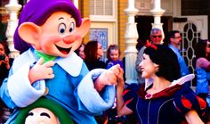 Dopey and Snow White in Festival of Fantasy