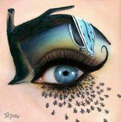 Eye makeup: melting clock