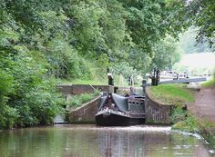 CANAL NARROW BOATS | SJ6832 : Narrow-boat leaving Tyrley Lock 4, Shropshire Union Canal ...