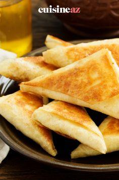 La briouate au fromage peut être mangé comme entrée ou en accompagnement d'une soupe chorba. #recette#cuisine#briouate#fromage Brie, Comme, Side Dishes, Recipes