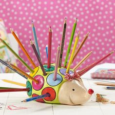 Create a practical and cute hedgehog pencil holder for your desk in time for Back to School.   Just follow simple instructions from our project sheet here  www.eckersleys.com.au/projects/kids-craft-1036/Hedgehog-Pencil-Holder