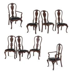 Juego de 6 sillas y 2 sillones. Siglo XX. Estilo Reina Ana. Elaborados en  madera tallada. Con asientos en piel negra. Piezas  8 f0f16fcc16c