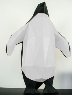 Are you looking for a partner for life? You don't need to go to tiring dating portals or boring origami courses. You have already found it with this cute paper animal for folding!