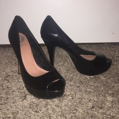 Vince Camuto black patent leather peep toe heels Vince Camuto black patent leather peep toe heels, barely worn Vince Camuto Shoes Heels