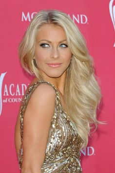 Julianne Hough ♥by Alwaraky♥