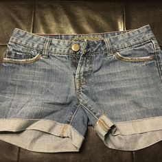 AE Jean Shorts Lighter wash denim American Eagle shorts! Super comfortable, perfect fit. Can be cafes or uncuffed. American Eagle Outfitters Shorts Jean Shorts