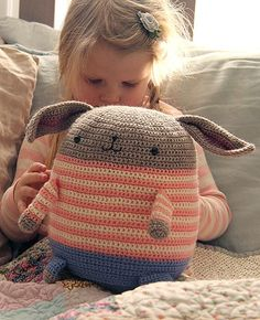 'Honey Bunny' Crocheted Softie Pattern